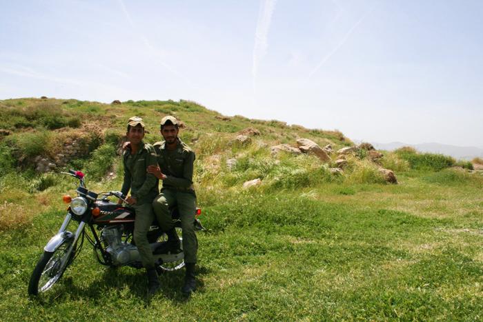 iran-guards-anahita-temple-geoex